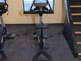 Life Fitness Lifecycle Upright Bike