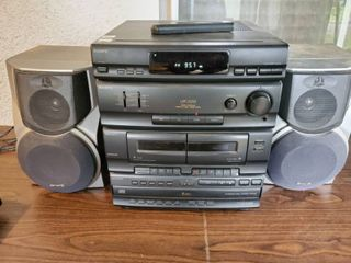Sony Cassette and CD Pkayer with 2 Aiwa Speakers  Tested and Working