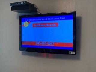 24  Flatscreen TV