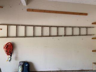 11 Rung Antique Wood ladder