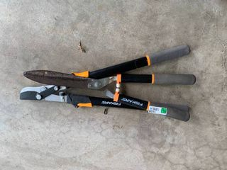2pc Fiskars Clipper Set