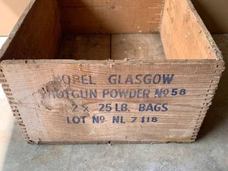 Vintage Nobel Glasgow Shotgun Powder Wood Dovetailed Box location Beside Dryer
