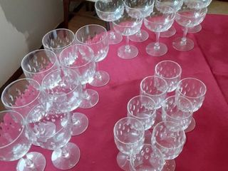lot of 23 Piece Glasswear 3 Sizes