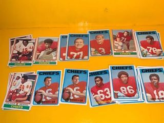 large lot of 70s NFl Football Cards Go Chiefs location Basement Storage 3