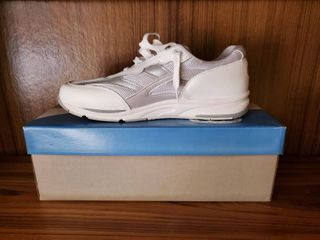 NIB Womens Tennis Shoe Size 10 5 S