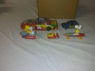 Nice lot Of 5 Toy Cars With A Snoopy 3 Piece