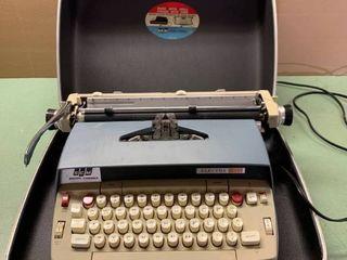 Vintage Smith-Corona Electra 120 Typewriter Works Location Storage Upper Shelf