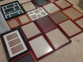 lot of 20 Picture Frames