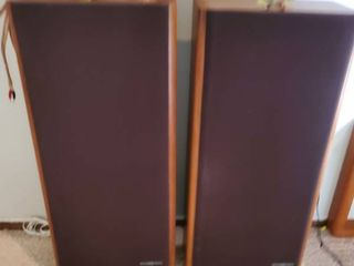 lot of 2 Phase Tech Speakers