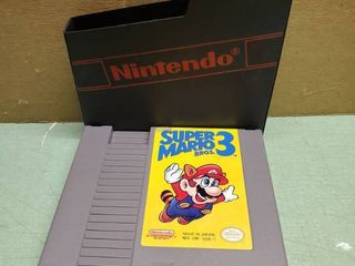Nintendo Entertainment System  Suoer Mario Bros 3