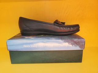 Soft Navy SAS Shoe 10 5 NIB