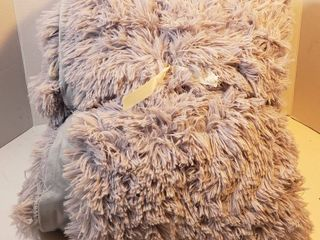 lIFEREVO luxury Plush Shaggy Duvet Cover Set  1 Faux Fur Duvet Cover   2 Pompoms Fringe Pillow Shams  Solid  Zipper Closure  King Gray