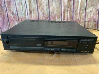 Optimus CD-2470 CD Player
