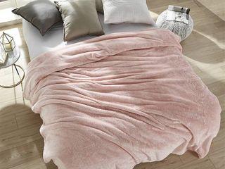 Me Sooo Comfy Rose Quartz Blanket   Queen