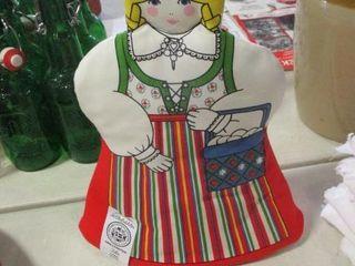 Dutch Girl Pot Holder