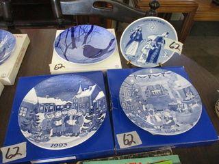 3 Gustavsberg Plates 1993  1994  1989   Julen 1975