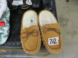 Size 9 Slippers