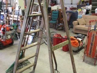 7  Wood Step ladder