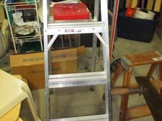4  Alum  Step ladder