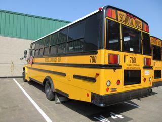 THOMAS HANDICAP ACCESSIBLE SCHOOL BUS