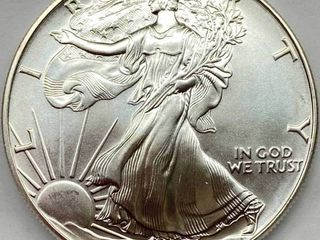 1992 Silver Eagle Dollar   1 oz of  999 fine Silver