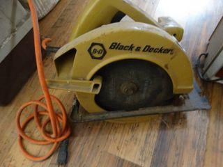 Black   Decker circular saw