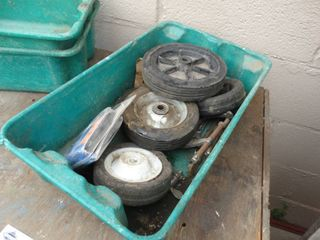 Storage box w  wheels  clamps   misc