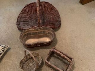 Set of four baskets