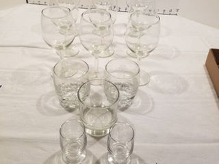 Set of 14 bar glasses