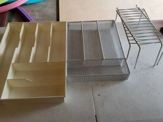 Silverware trays and risers
