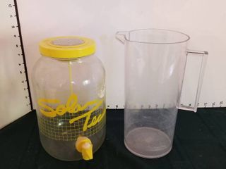 Sun tea container and pitcher