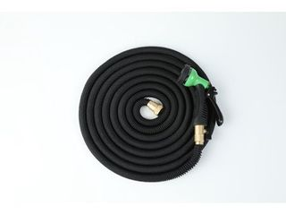 Expandable Water Hose w  Water Spray Nozzle Attachment