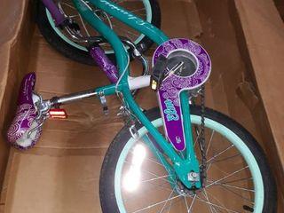 Schwinn Girls 18  Bicycle