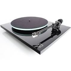 Rega Planar 2 Turntable with RB220 Tonearm Glass Platter and Carbon Cartridge