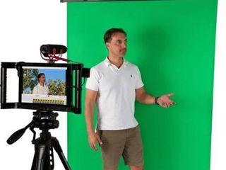 Iographer large Green Screen