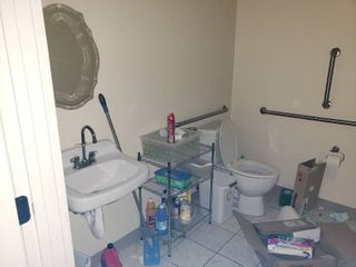 Contents of bathroom