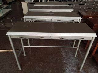 lot  4  metal tables