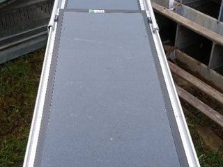Collapsible pet ramp aluminum