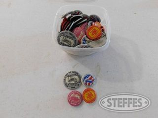 Container-of-Old-Threshers-Buttons_1.jpg