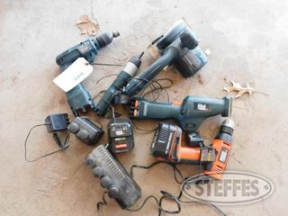 Black-and-Decker-Tools_1.jpg