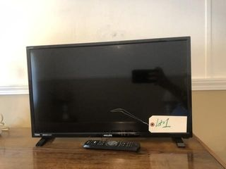 Philips flatscreen TV w/ remote