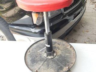 Craftsman Adjustable Height Stool