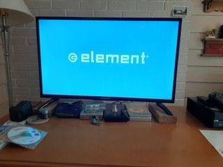 Element TV   32