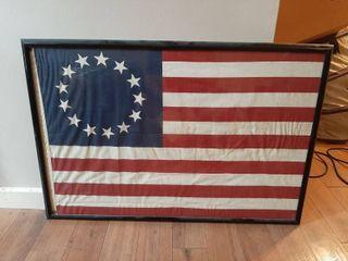 Framed 13 Star Flag Decor   Frame is Broke