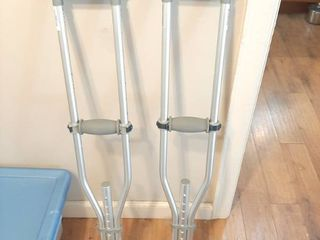 Pair of Aluminum Adjustable Crutches