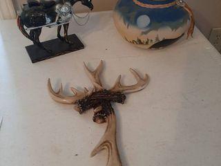 Pot  Horse and Cross Decor