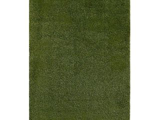 Central Oriental 7 5X9 7 ft  5 in  x 9 ft  Artificial Turf Rug  Green