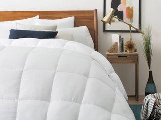 lUCID Down Alternative All season Comforter