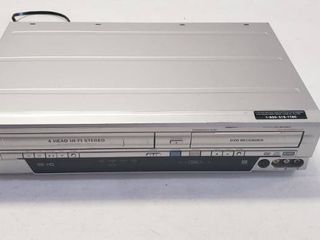 Funai WV20V6 SV2000 DVD Recorder and VCR Combo   Tested And Powers On