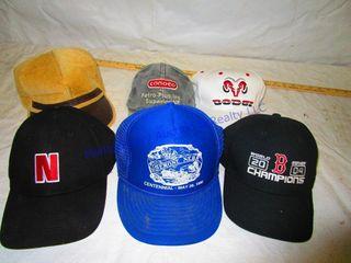 6 BAll CAPS